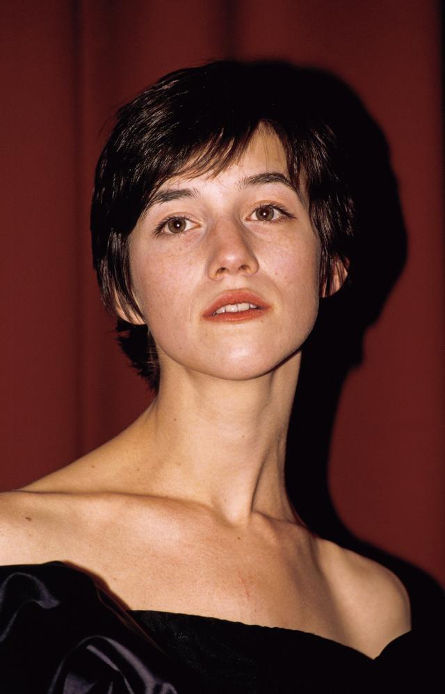画像: シャルロット・ゲンスブール 1971年7月21日 ロンドン生まれ