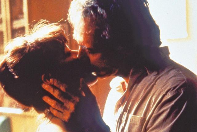 画像: SCREEN誌選出「映画史に残るBESTキス」②【大人のキス編】 - SCREEN ONLINE(スクリーンオンライン)