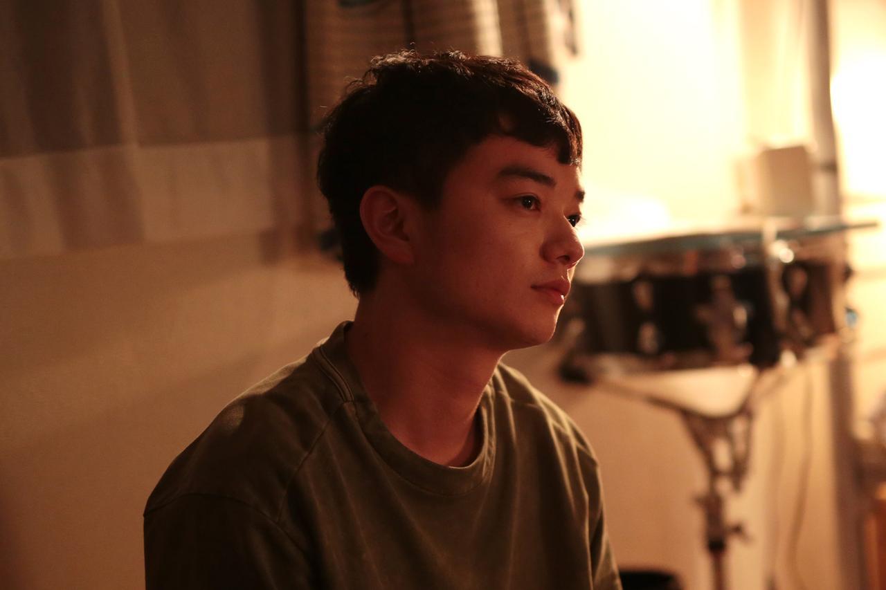 画像: 3人の男女の何気ない日常を描いた青春映画 『きみの鳥はうたえる』 染谷将太インタビュー