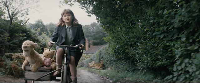 画像2: 子どもの頃の宝物を大人はどうして忘れてしまうの? くまのプーさん初の実写映画化
