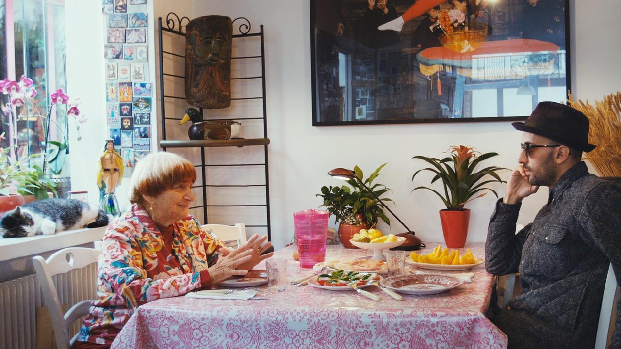 Images : 6番目の画像 - 「アニエス・ヴァルダ監督最新作、『顔たち、ところどころ』は、 「ヌーヴェル・ヴァーグの祖母」に贈られる奇跡のような出来事たち。 プロデューサー、ジュリー・ガイエ、インタビュー 髙野てるみの『シネマという生き方』VOL.18」のアルバム - SCREEN ONLINE(スクリーンオンライン)