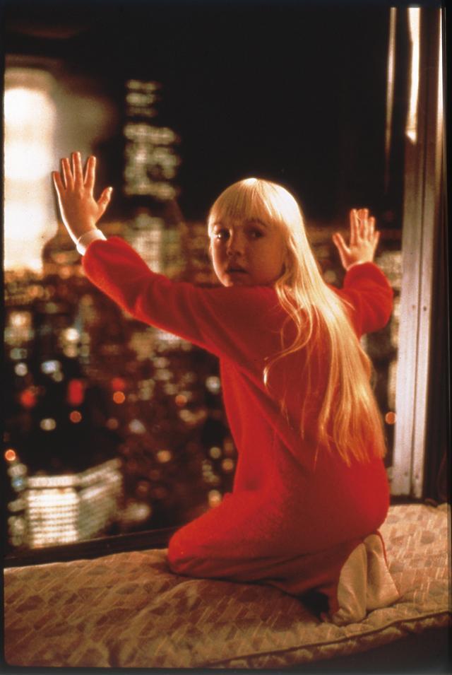 画像: 「ポルターガイスト3」のヘザー・オルーク。彼女はこの作品の撮影後に病死した。