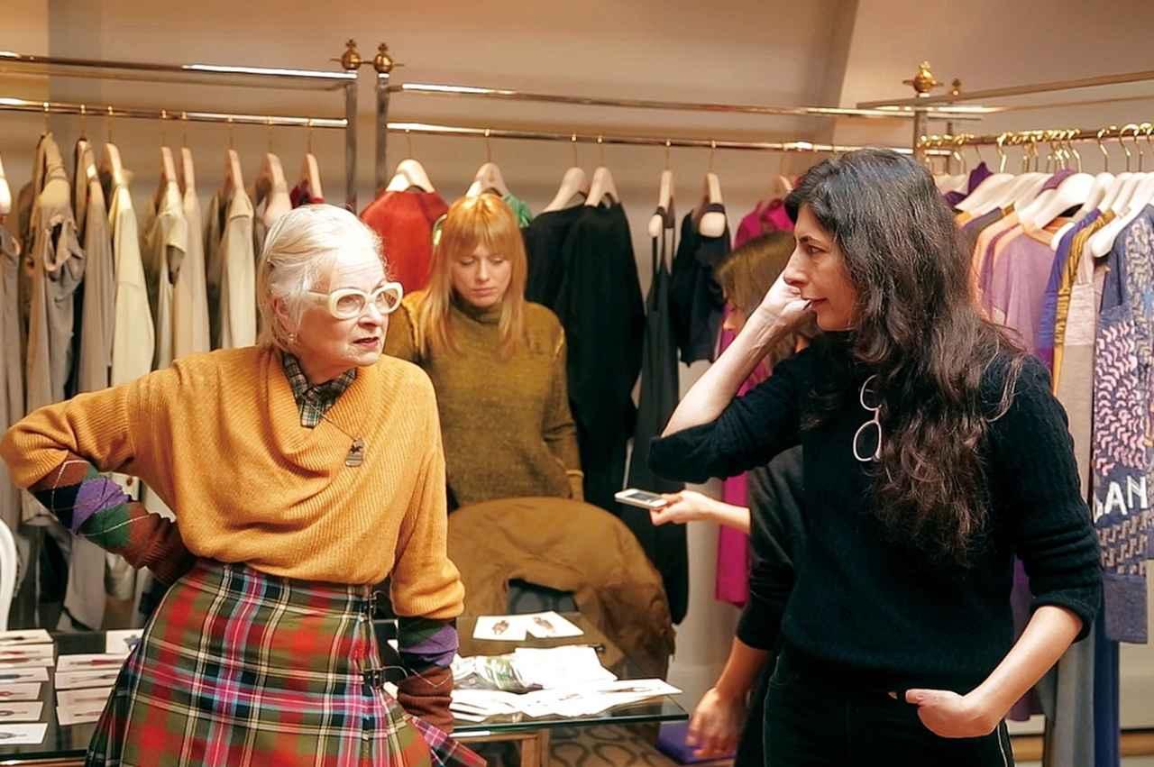 画像2: 〈デイム〉の称号を与えられた英国初のファッションデザイナー