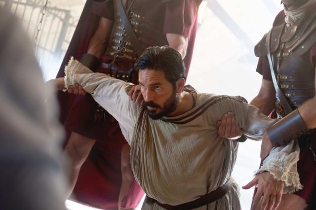 画像: 暴君ネロの迫害が激化する中、パウロは獄中から愛を叫ぶが…