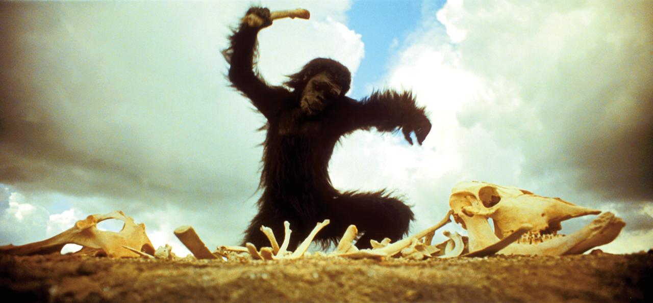 画像: 類人猿の波もリアルにふさふさ