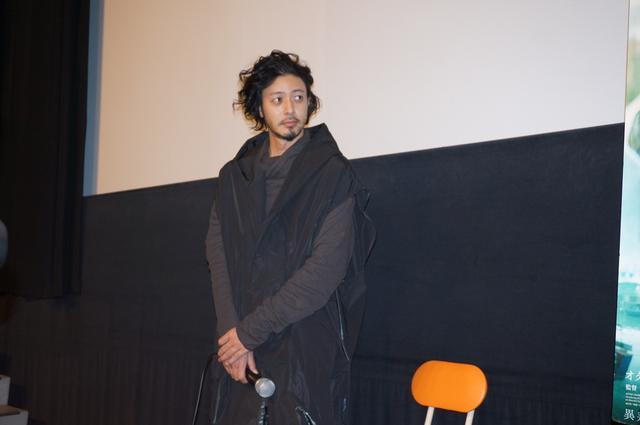 画像2: 『宵闇真珠』初日舞台挨拶で オダギリジョーがクリストファー・ドイルとの撮影を振り返った