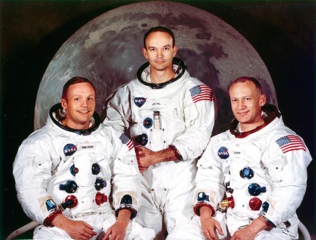 画像: ニール・アームストロング(左)らアポロ11号の乗組員 Photo by SSPL/Getty Image