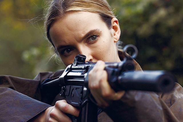 画像: クールで美しい暗殺者ヴィラネル