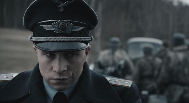画像: 敗戦間近のドイツで、ある脱走兵が独裁者に変貌する