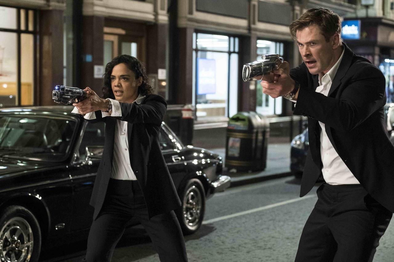 画像: 今度はMIB内にスパイが潜入?新予告、日本版ポスター、場面写真解禁 - SCREEN ONLINE(スクリーンオンライン)