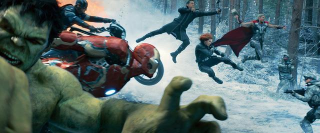 画像: 11:「アベンジャーズ/エイジ・オブ・ウルトロン」(2015年) トニーの強迫観念が強敵を生み出してしまう