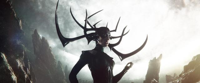 画像: ソーすら敵わない死の女神ヘラ