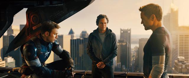 画像: アベンジャーズの在り方にヒーローたちは悩む