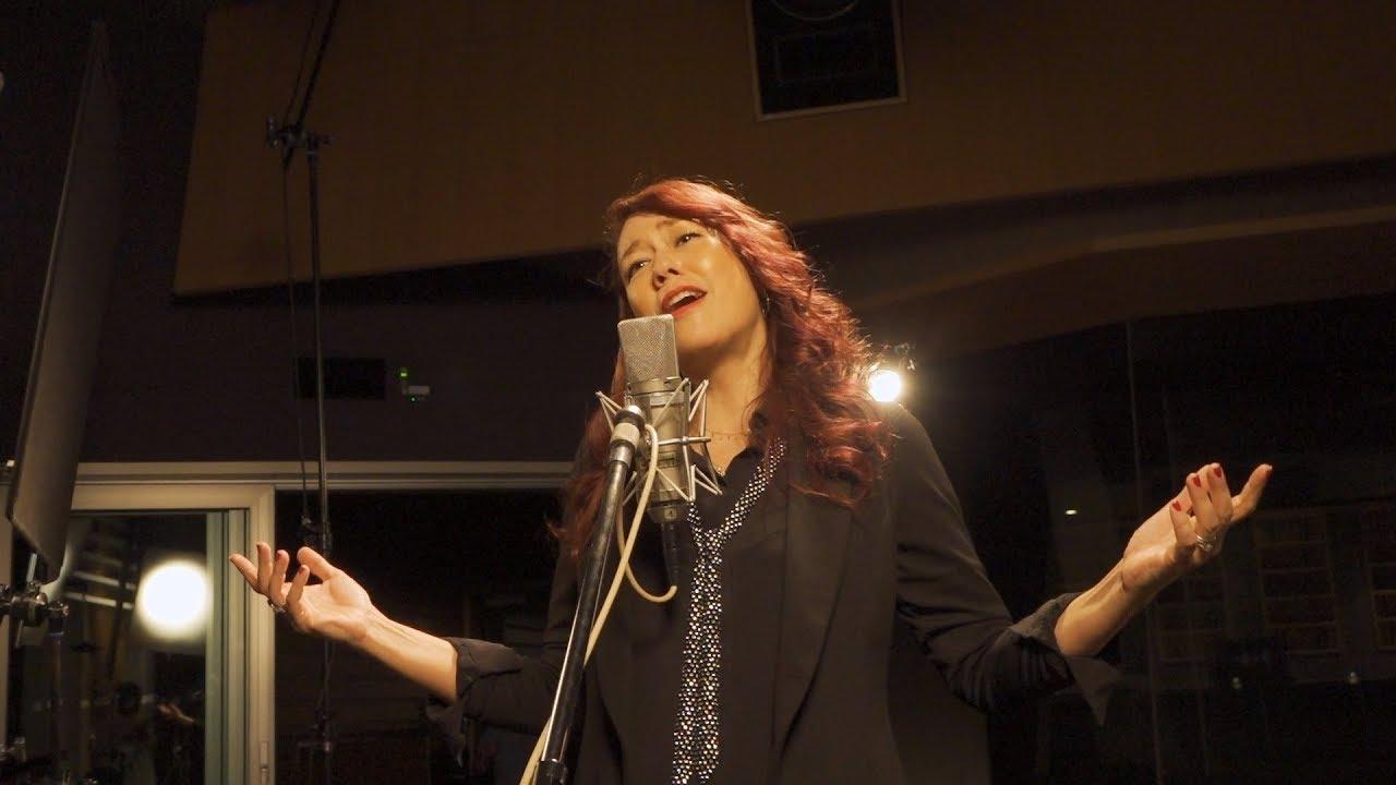 画像: LiLiCo Sings 平成洋楽(PR動画ダイジェスト) www.youtube.com