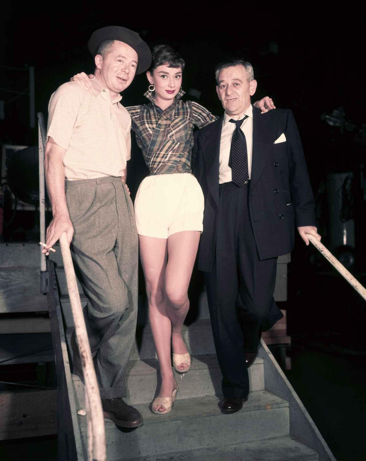 画像: 恩師でもあるビリー・ワイルダー監督とウィリアム・ワイラー監督に囲まれて