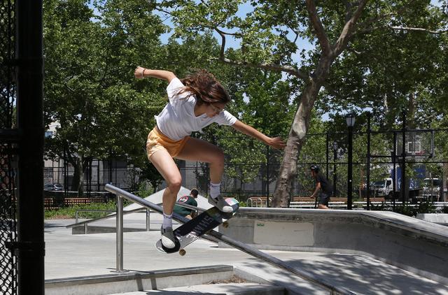 画像1: 実在する人気ガールズスケートクルー出演! 『スケート・キッチン』 キャスト来日インタビュー