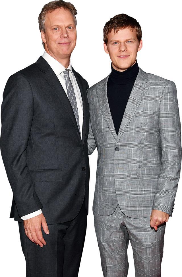 画像: 「ベン・イズ・バック」ニューヨークプレミアにて父ピーターと。に、似てる!