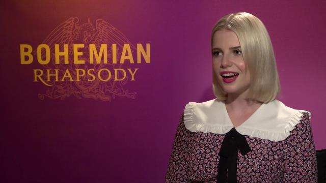 画像: 「ボヘミアン・ラプソディ」でフレディの恋人を演じたルーシー・ボイントン、インタビュー youtu.be