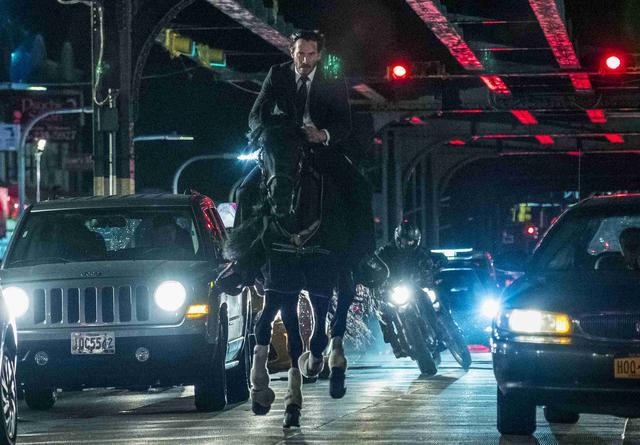 画像1: キアヌ・リーブス首位!「ジョン・ウィック」最新作が全米NO1を獲得!すごすぎアクションにクギづけ
