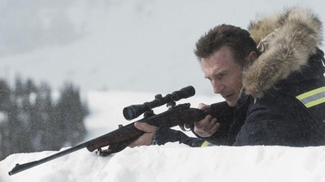 画像: ニーソンが復讐に燃える除雪作業員に