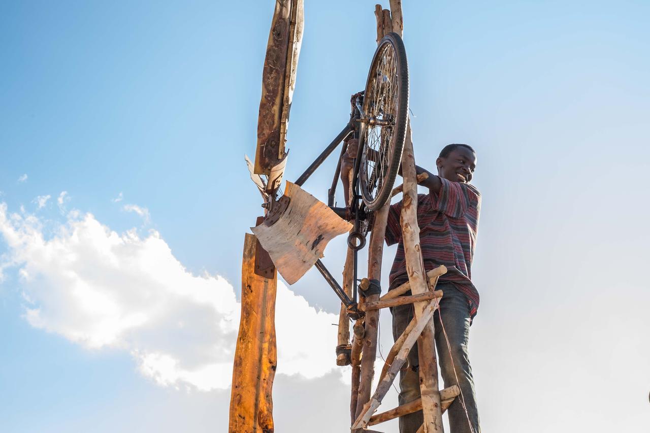 画像: 最貧国の少年が独学で起こした奇跡とは?『風をつかまえた少年』公開決定 - SCREEN ONLINE(スクリーンオンライン)