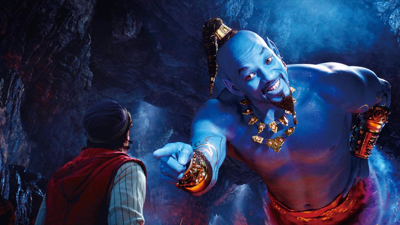 """画像: ジーニー役のウィル・スミスがかなり""""青い""""ことは公開前から話題に"""