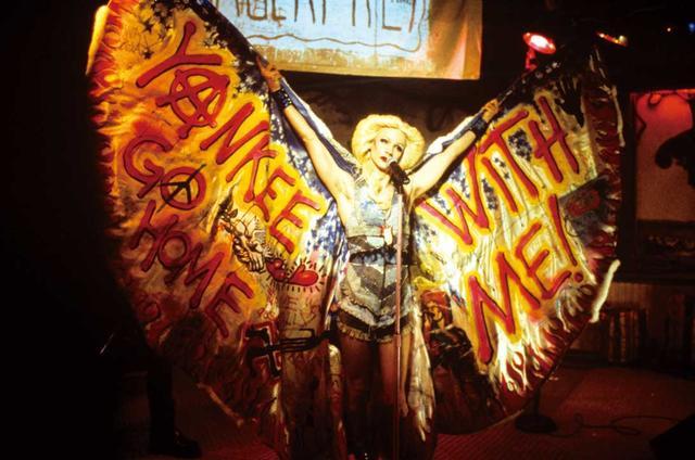 画像: 2000年代LGBT映画5選!何作見たことありますか?:LGBT特集vol.4 - SCREEN ONLINE(スクリーンオンライン)