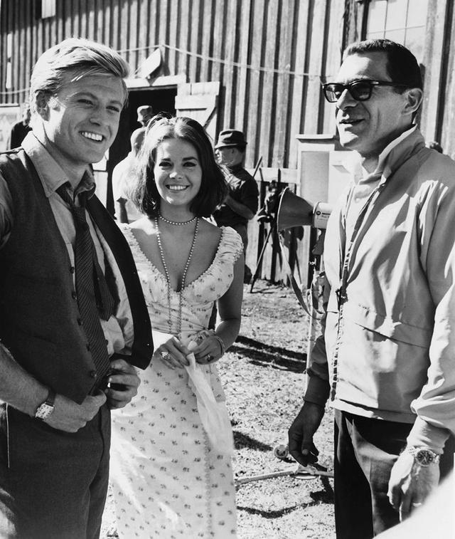 画像: 「雨のニューオリンズ」でシドニー・ポラック監督(右)と初コンビ