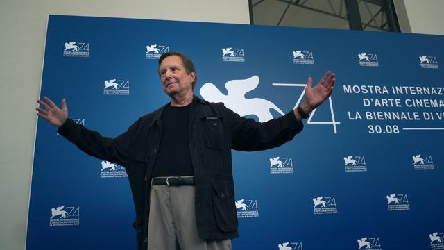 画像: ベネチア国際映画祭でのフリードキン監督