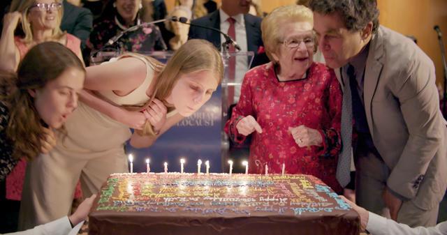 """画像2: アメリカで最も有名な90歳のセックス・セラピストの""""金言""""映像が解禁"""