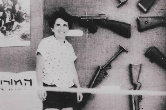 画像: パレスチナへ渡りイスラエル兵の活動を守るスナイパーとして活躍していた当時