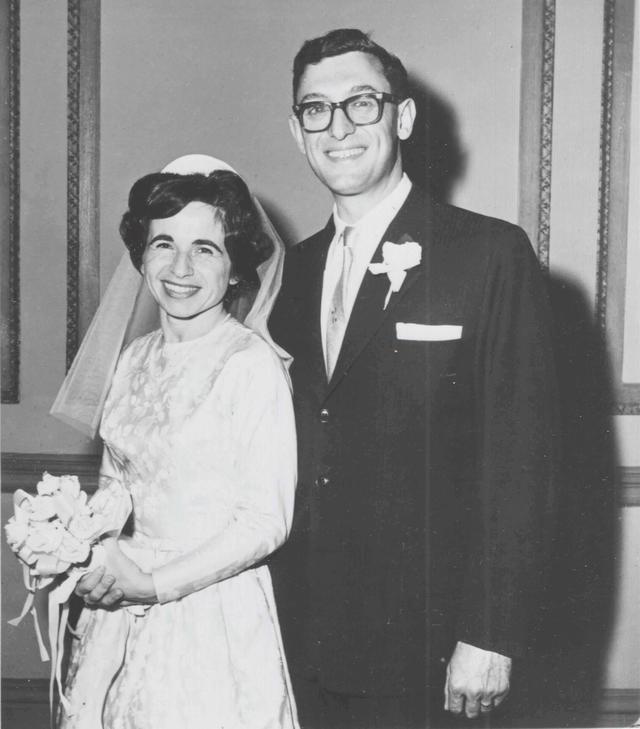 画像: 亡くした最愛の夫、フレッドとの結婚式