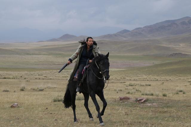 画像1: 森山未來が初の海外作品主演に挑んだ『オルジャスの白い馬』公開決定