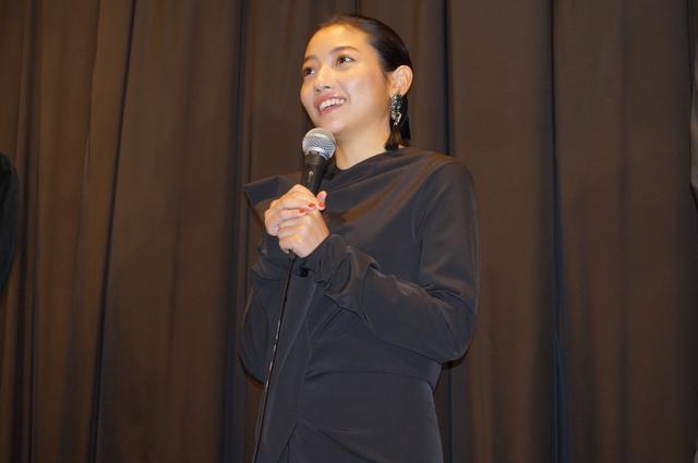 画像4: 『ある船頭の話』初日舞台挨拶に オダギリジョー監督や柄本明らが登壇!!