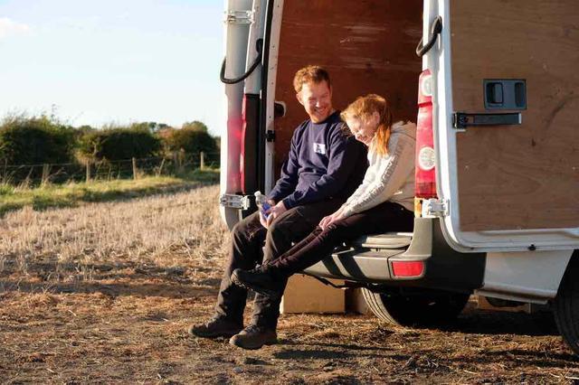 画像3: 何と闘えば家族を幸せにできる? 英国の名匠が贈る感動作の予告編が完成
