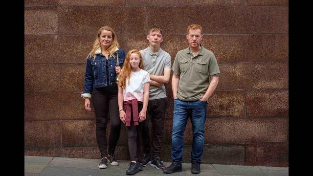 画像: 何と闘えば家族を幸せにできる? 英国の名匠が贈る感動作の予告編が完成 - SCREEN ONLINE(スクリーンオンライン)