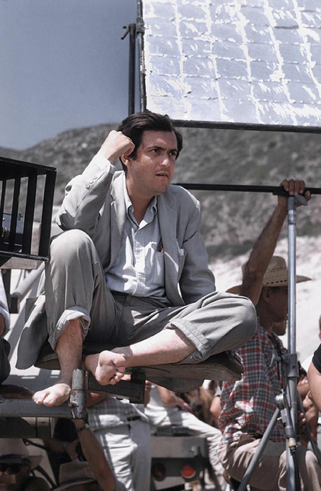 画像: 30代前半のキューブリック。ハリウッド映画3作目で、まだ新鋭と呼ばれていた Richard C. Miller/Donaldson Collection/Getty Images