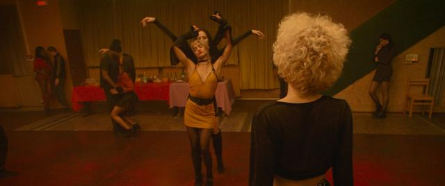 画像3: 役者というのは体を使った表現がなかなかできないもので、 今作ではプロのダンサーを起用して正解だったと思います
