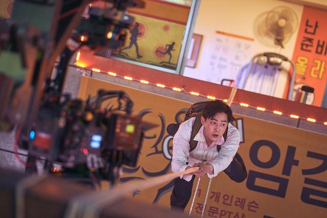 画像3: 俳優たち自身がアクションの大部分に挑戦