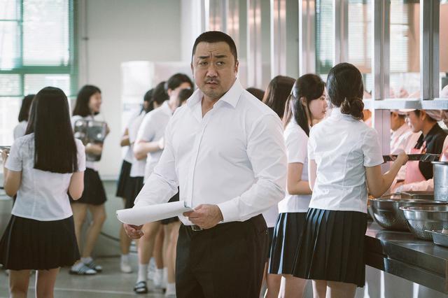 画像1: PART2 マ・ドンソクが熱すぎる女子高の教師に!「守護教師」