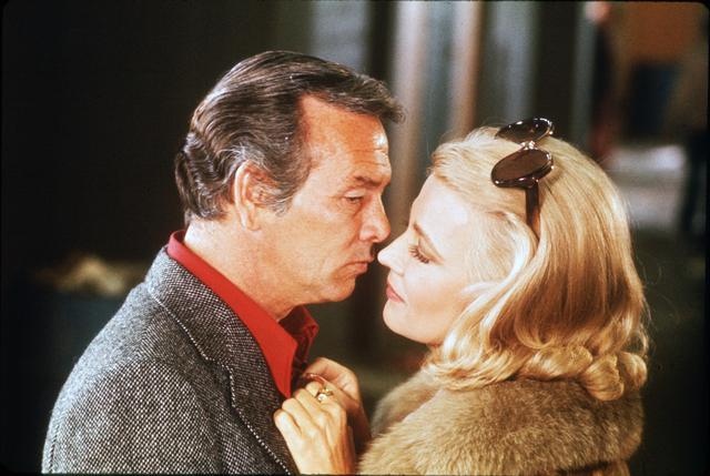 画像: テレビ界の人気者デヴィッド・ジャンセンとカサヴェテスの妻ジーナ・ローランズ