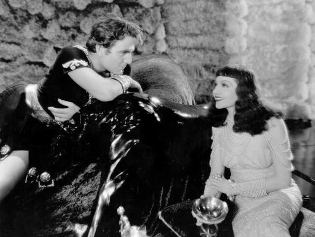 画像: 「クレオパトラ」(1934)のヘンリー・ウィルコクソン(Photo by Hulton Archive/Getty Images)