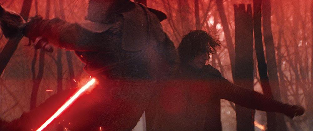 画像: スカイウォーカーの血を引くファースト・オーダー最高指導者 カイロ・レン (アダム・ドライバー)