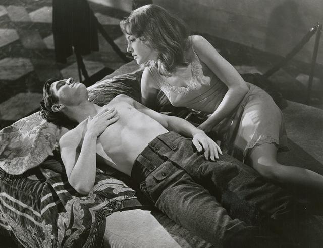 画像: 「将軍たちの夜」より実際のジョアンナ・ペティット(©1966 Columbia Pictures Corporation. All Rights Reserved)