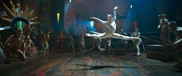 画像: 世界最高峰のバレエダンサーたちによる圧巻のダンスパフォーマンスに息をのむ