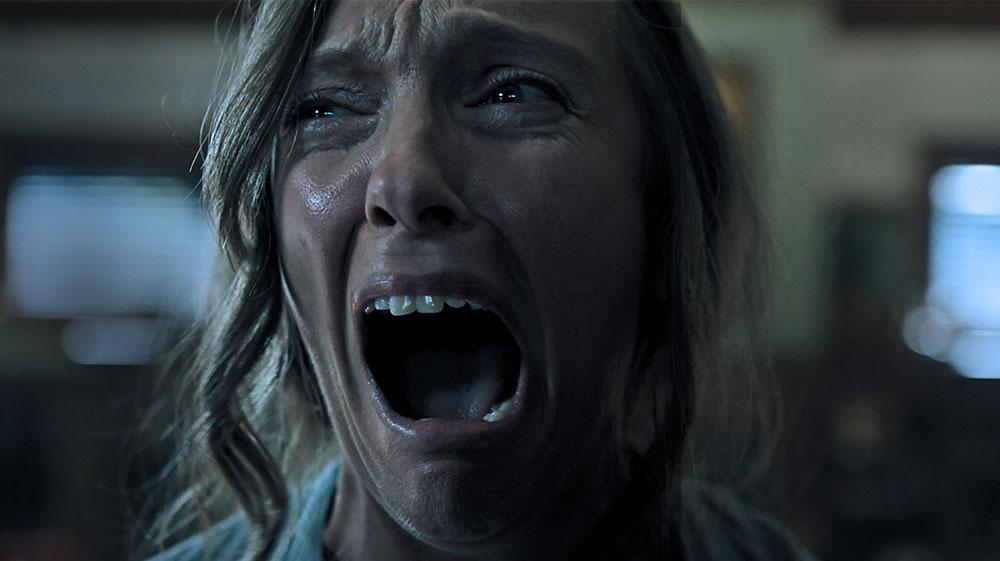 画像: ホラー映画の絶叫顔ランキングがあったら上位に入るであろうトニ・コレットの表情