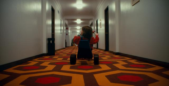 画像: 幼きダニーのトラウマの原因となった「シャイニング」の名シーンを「ドクター・スリープ」で再現