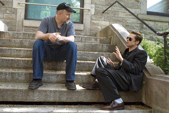 画像: アカデミー賞主演男優賞候補になった「ベンジャミン・バトン」でフィンチャー監督と。