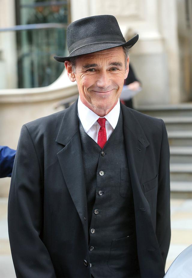画像14: 【あなたの推しは誰?】英国男優が魅せるダンディズムという矜持