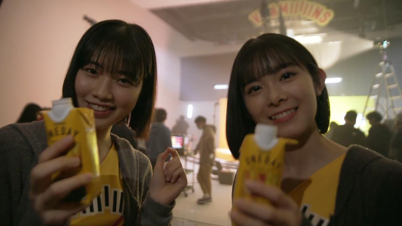 画像: 左:小林萌花、右:山﨑夢羽